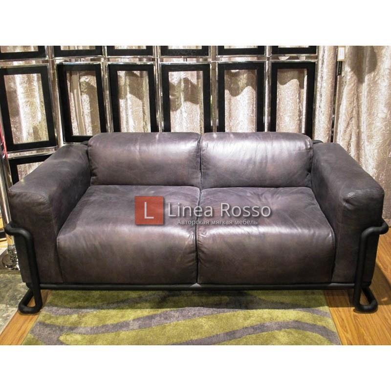 Huntington 2 Seater Destroyed Black Matt Black 1 h - Мифы и факты о кожаной мебели